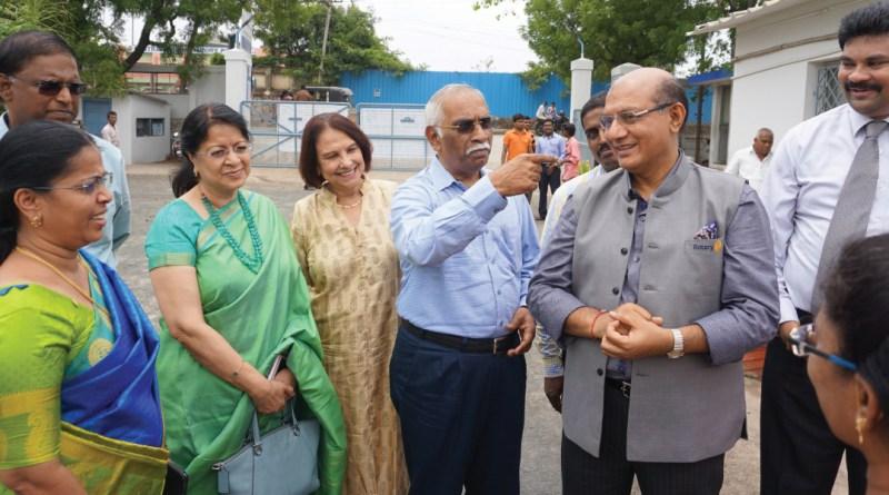 From R: RC Chennai Madhavaram past president N Jaideep, RID Kamal Sanghvi, PDG J B Kamdar, Marlene Kamdar and RC Madras President Dr Vijaya Bharathi at the Nadi Medical Centre.