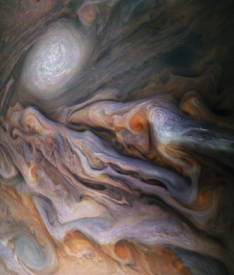 Pictures of Jupiter causes stir on social media NASA's Juno spacecraft orbiting our solar system's largest planet has been sending countless breathtaking picture of Jupiter, giving researchers and space enthusiasts an unprecedented look at the mysterious planet. The most recent picture has caused a stir on social media with hundreds of people tweeting about the animal, people and objects they see lurking in the planet's swirling clouds.