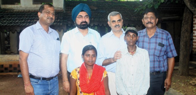 From left: Sandeep Poddar, Dr Devendra Singh, Dr Raman Kataria and Sharad Saxena with the two young beneficiaries, Prahlad and Gauri.