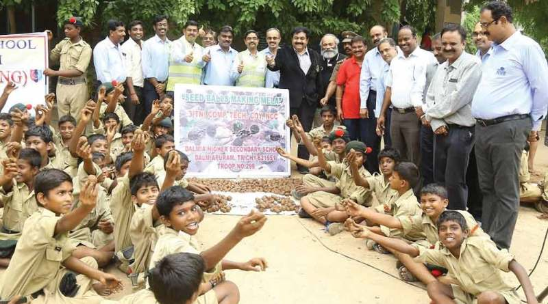 DG Zameer Pasha and members of RC Dalmiapuram  with the NCC cadets of Dalmia Higher Secondary School.