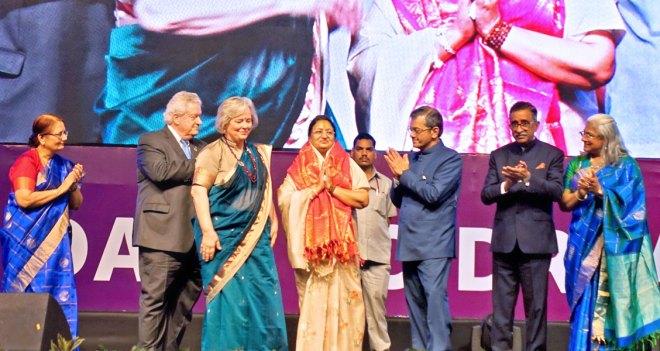 Mayor of Indore Malini Gaur being honoured at the Indore Institute. (From L) Madhavi Pandya, RI President Mark Maloney, Gay, RI Director Bharat Pandya, Institute Chair TN Subramanian and Vidhya.