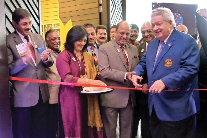 RI President Maloney inaugurating the Kochi Institute registration booth in the presence of RID Sanghvi, RIPN Mehta, Sonal, PDGs Sam Patibandla, Ramesh Agrawal, Mahesh Kotbagi, B M Sivarraj and E K Sagadhevan.