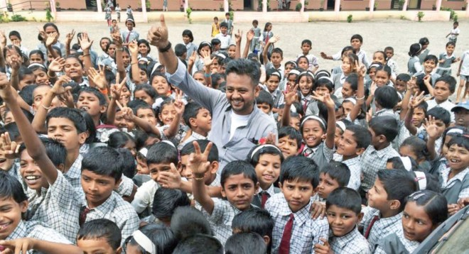 Fahim Vora from Dharavi meets some excited kids in Nashik.