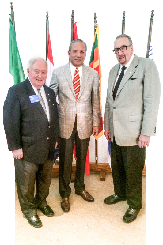 Frank Devlyn with past RI Presidents KR Ravindran (centre) and Luis Giay.
