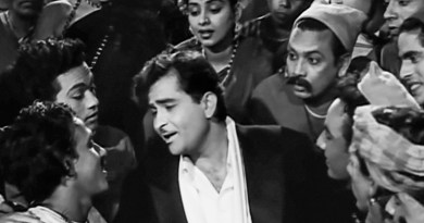 Raj Kapoor in a still from the song Ramaiya vastavayya (Shree 420).