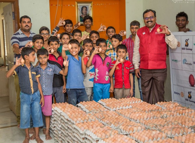 Hari Kishan Valmiki (extreme R), member of RC Secunderabad, with children at the Valmiki Foundation.