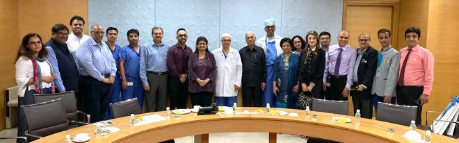 Rotarians with doctors at the Kokilaben Dhirubhai Ambani Hospital, Mumbai. DGN Sandip Agarwalla (second from left), and past president Vijay Jatia (fourth from left) and IPP Preeti Mehta (centre) are also see).