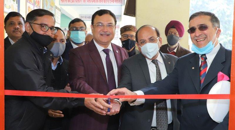 (L to R) Rakesh Singh, CSR head, Dana Corporation, DGE Anoop Mittal, DGN Ashok Kantoor and club president Aniel Sahni.