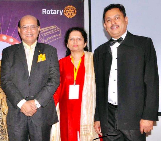 From L: RID Kamal Sanghvi, Amita and RIDE Mahesh Kotbagi