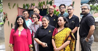 DG Pinky Patel (2018–19) along with RC Baroda Metro president Himanshu Rana (2nd row, left) and other club members.