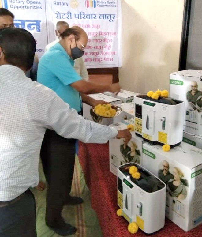 PDG Hariprasad Somani at the launch of Project Mission Oxygen in Latur.