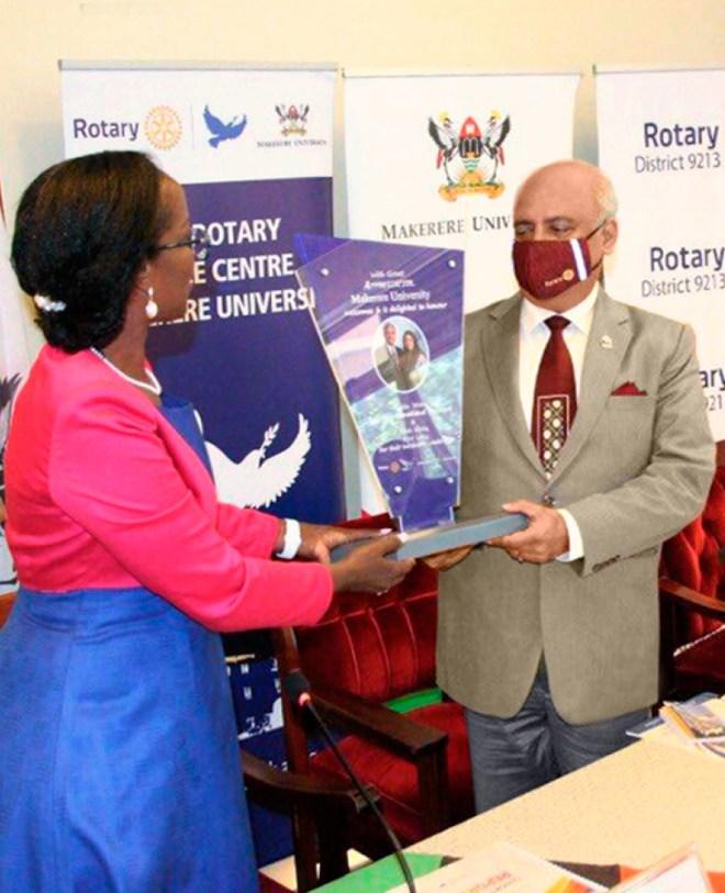 RI President Mehta at the Rotary Peace Center, Makerere University, Uganda.