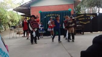 """Presentación Folclórica, niños vestidos de """"Huaso"""""""