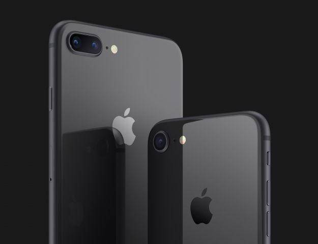 iPhone SE 2 et 8+ space grey