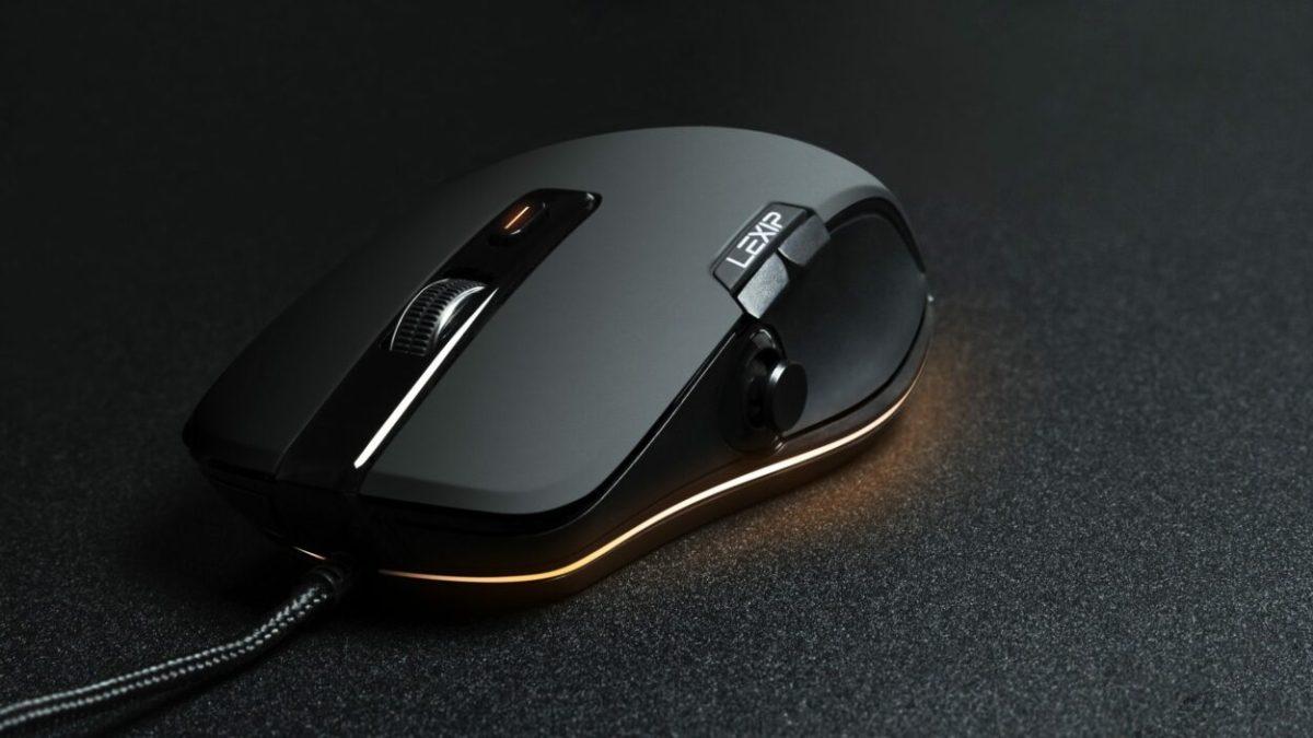 Lexip lance la Np93 Alpha, une souris gaming avec joystick