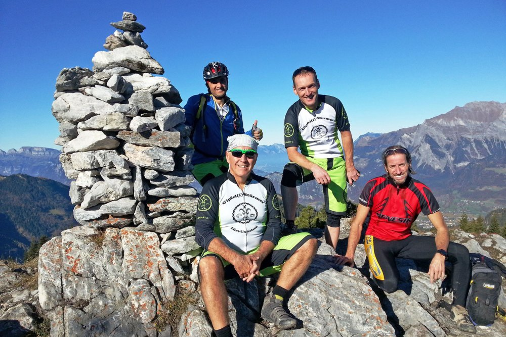 Gipfel(i)-Stürmer auf dem Chimmispitz
