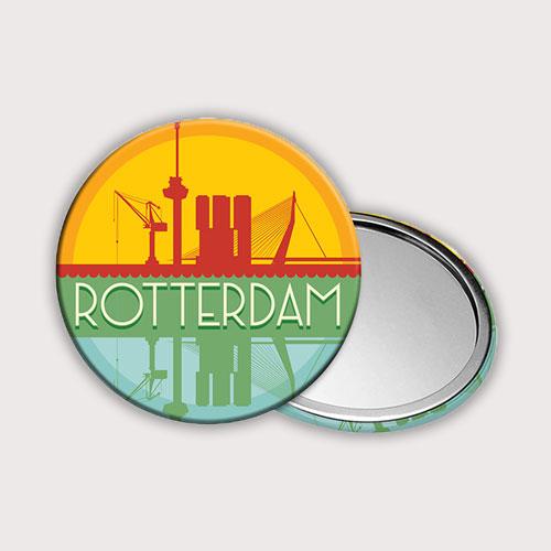 Zakspiegeltje met het silhouet van Rotterdam