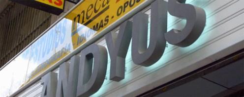 letras-de-acero-inoxidable-retroiluminadas-andyus