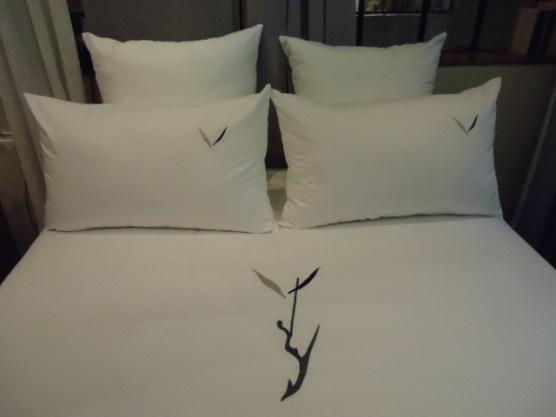 Bed- Duvet & Pillow, Y