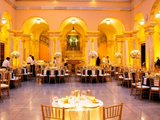 As one of Baltimore's Best Caterers, we bring your vision to life! Photo by Anna Schmidt Photography.
