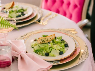 Even a salad feel romantic with ROUGE's wedding catering