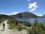 Along the bike path of Lake Wanaka