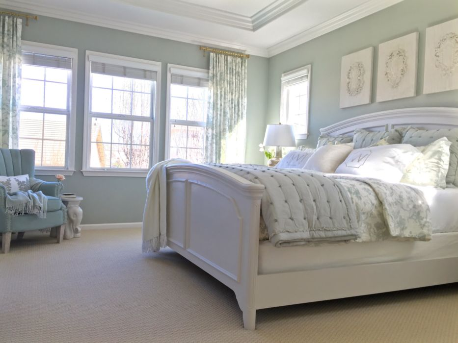 33 Elegant Bedrooms With White Furniture