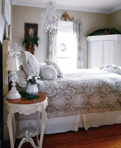 Beautiful bedrooms with white furniture (30)