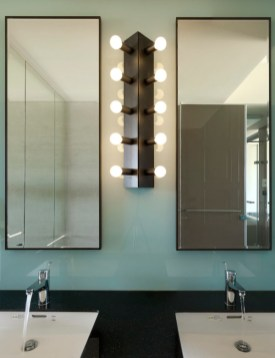 Cool ideas to use big mirrors in your bathroom (16)