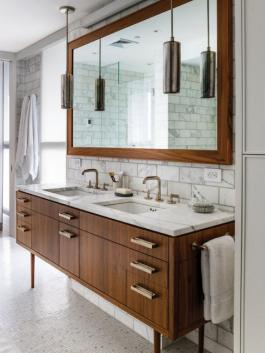 Cool ideas to use big mirrors in your bathroom (21)