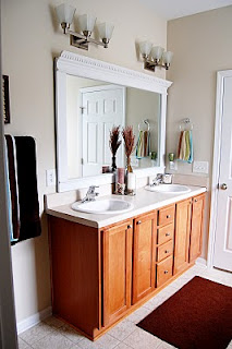 Cool ideas to use big mirrors in your bathroom (24)