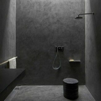 Dark moody bathroom designs that impress (22)