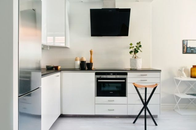 Simple but smart minimalist kitchen design (26)