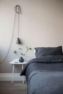 Stylishly minimalist bedroom design ideas (8)