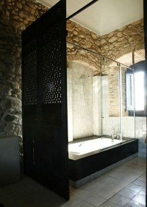 Wonderful stone bathroom designs (13)