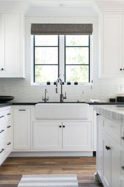 Modern farmhouse kitchen design ideas 43