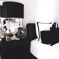 Stylish stylish black and white bedroom ideas (29)