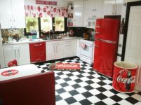 Amazing black and red kitchen decor 61