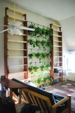 Amazing indoor wall herb garden ideas (14)