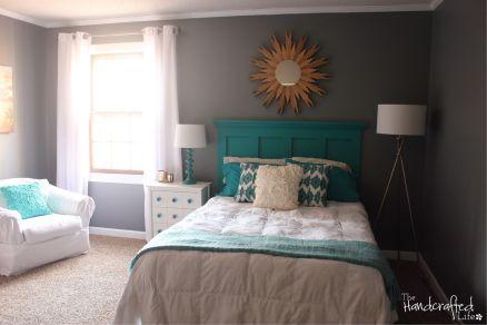 Beautiful bedroom design ideas using grey carpet 054
