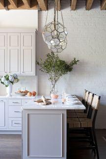 Chic kitchen design 37