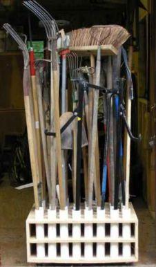 Creative garden tool storage ideas (16)