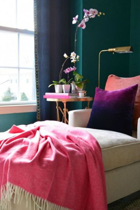 Cute bedroom design ideas with pink and green walls 69