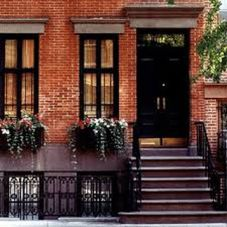 Exterior paint color ideas with red brick 11