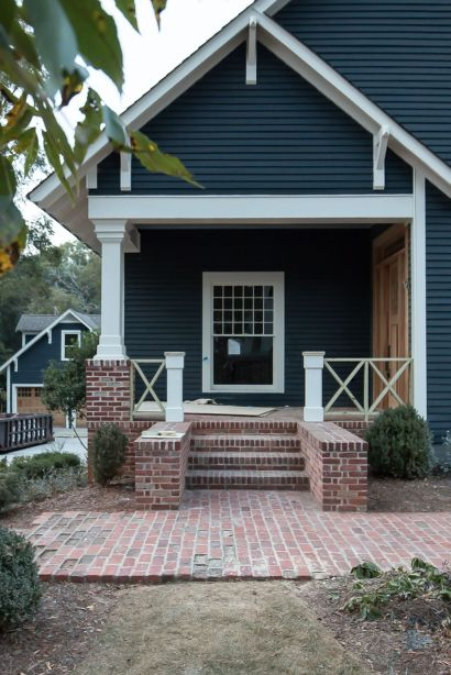 54 Exterior Paint Color Ideas With Red Brick - Round Decor