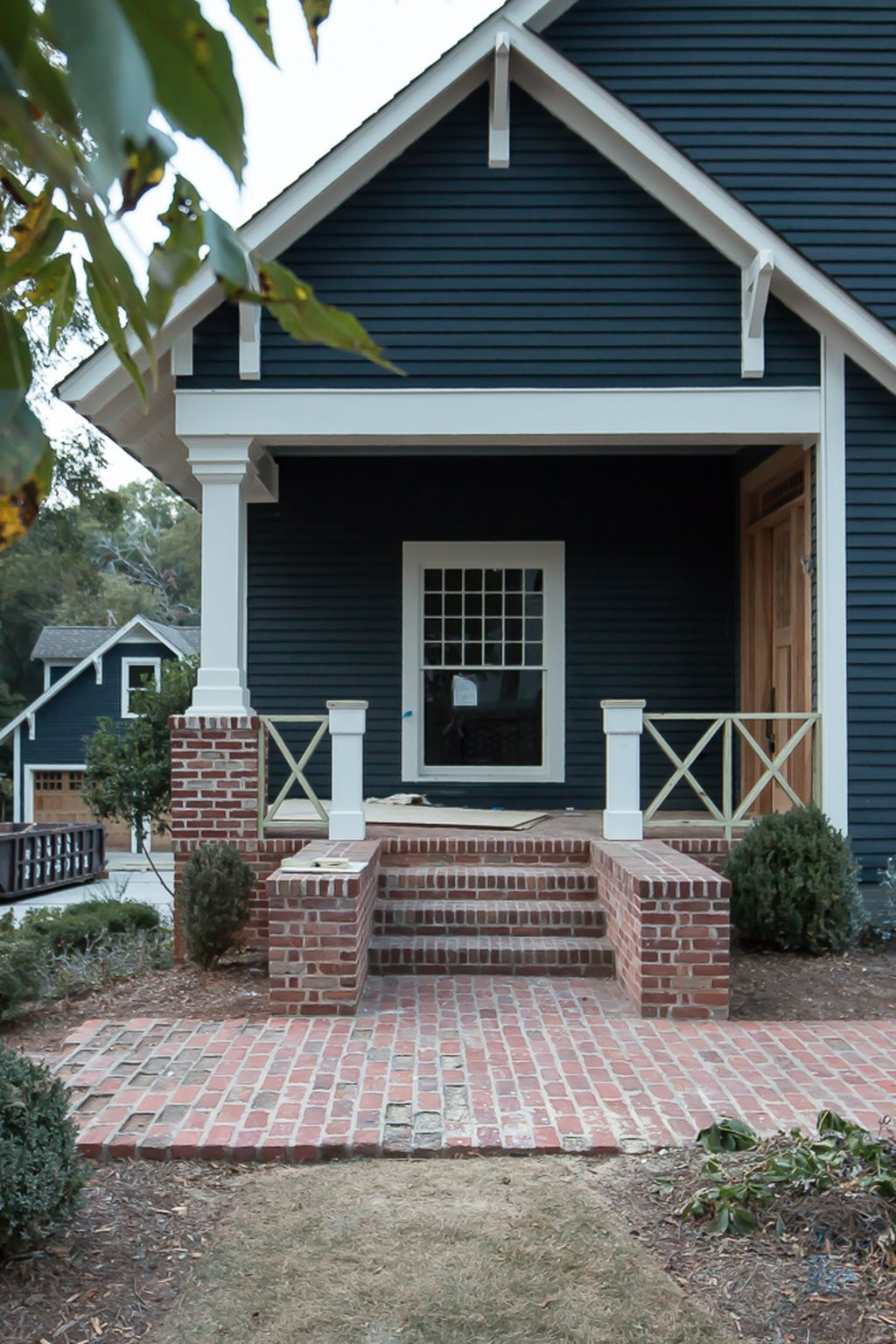 Exterior Paint Color Ideas With Red Brick 42