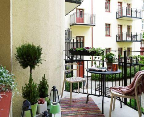 Modern apartment balcony decorating ideas 01