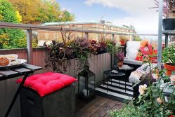 Modern apartment balcony decorating ideas 10