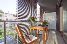 Modern apartment balcony decorating ideas 20