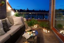 Modern apartment balcony decorating ideas 41